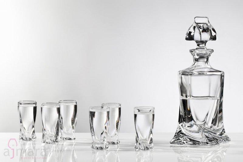 Bohemia Quadro Shot Glasses And Carafe 16